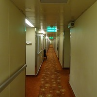 hallway-262474_960_720.jpg