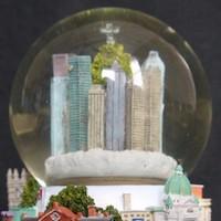 montreal-musical-snow-globe-landmarks_1_763bd16f28ec76a1ce6daddd2afbe73c.jpg
