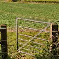 Open-farm-gate.jpg